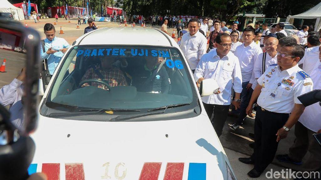 Pengumuman! Bikin SIM A Umum di GBK Cuma Rp 100 Ribu