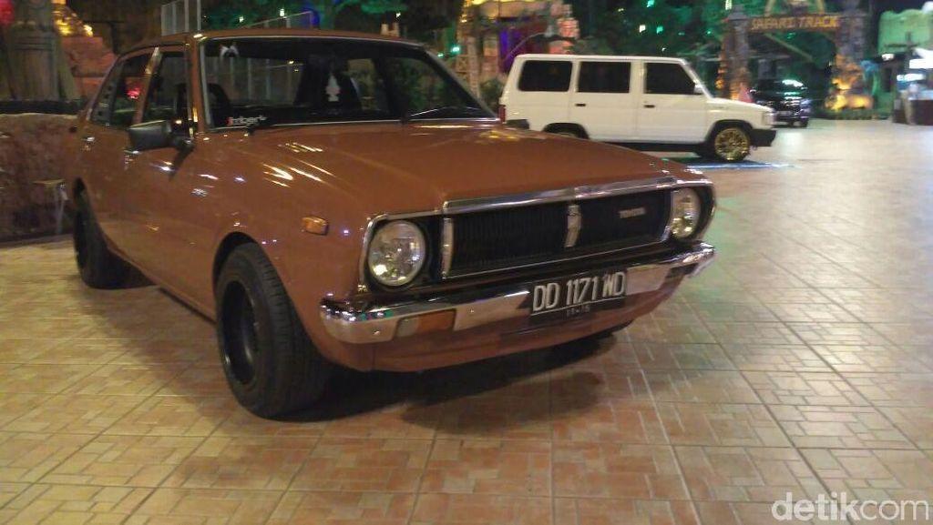 Pameran Mobil Tua, Starlet Turbo 1990 Tarik Perhatian Warga