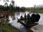 Potret TNI-Polri Keruk Telaga Hulunya Ciluwung