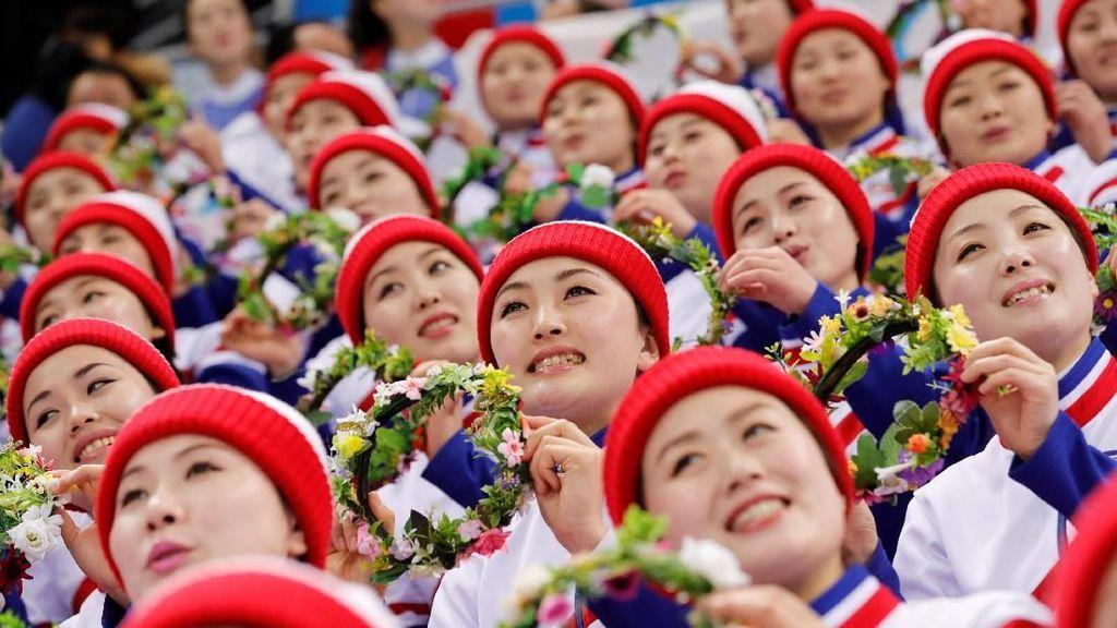 Foto: Cheerleader Korut yang Disebut Jadi Budak Seks Rezim Kim Jong Un