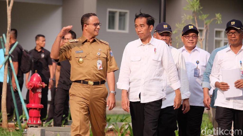 Foto Tolak Pinggang Depan Jokowi Jadi Bahasan, Anies Petik Pelajaran