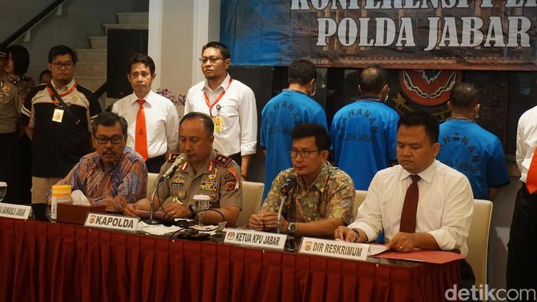 Ketua Panwaslu dan Komisioner KPU Garut Jadi Tersangka Suap