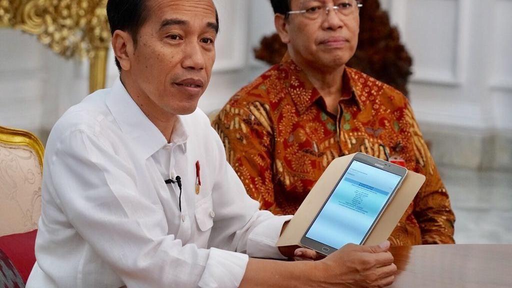 Jokowi Sebut Ekonomi RI Tembus US$ 1 Triliun, Apa Artinya?
