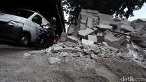 Truk yang Terguling Dievakuasi, Lalin di DI Panjaitan Normal