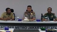 Tangani Aduan soal Orang Gila, Polri-TNI-Pemkot Jaksel Buat Posko