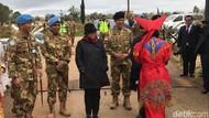 Tiba di Lebanon, Menlu Disambut Tari Prajurit Peacekeeper TNI