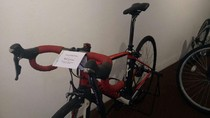 Sepeda Balap BG dan Kain Iriana Jokowi Dilelang