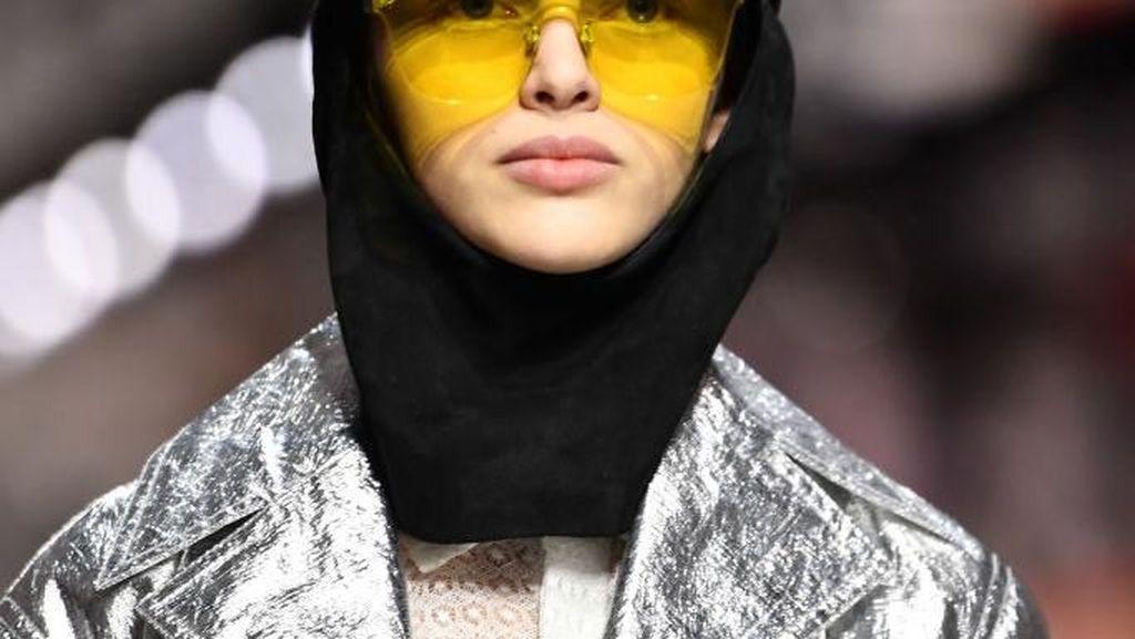 Tren Hijab Topi Baseball yang Dipakai Dior Hingga Vivi Zubedi