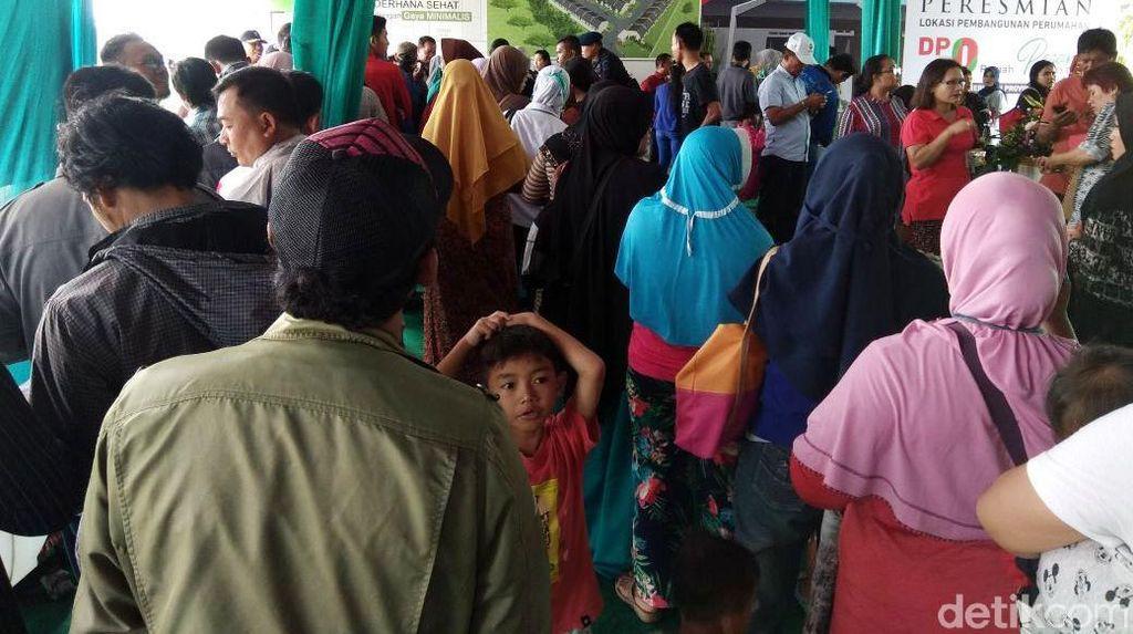 Foto: Rumah DP Rp 0 di Cilincing Diserbu Warga