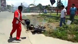Sepeda Motor Terbakar Usai Isi Pr   emium di Pulau Buru