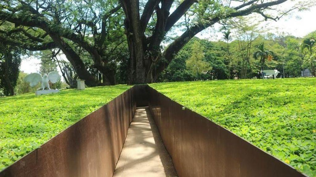 Taman Labirin yang Nggak Bikin Nyasar