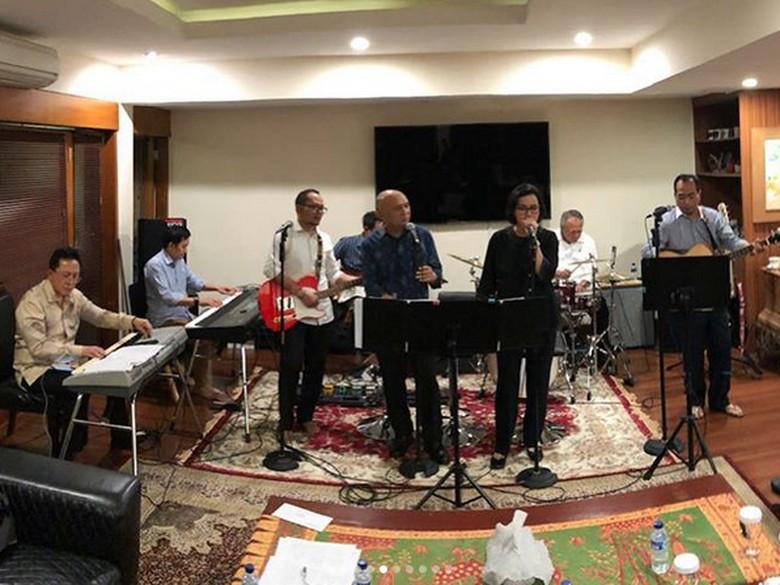 Siap Dengarkan Alunan Jazz dari Band Para Menteri Malam Ini?
