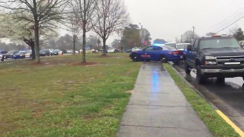 Guru di Georgia Ditangkap Usai Lepas Tembakan di Sekolah