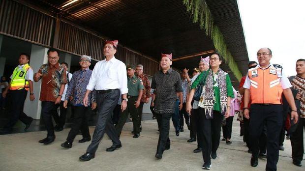 Kunjungan pejabat ini untuk meninjau persiapan Banyuwangi menyambut Annual Meeting IMF dan Bank Dunia di Bali