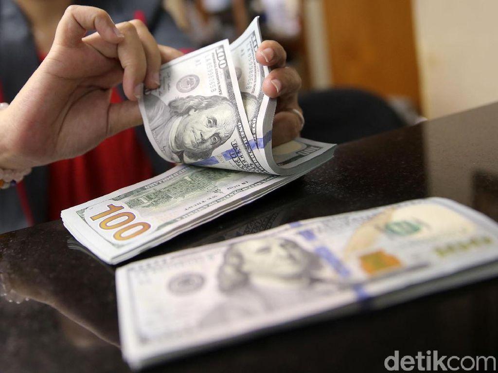 Amukan Dolar AS Mereda, Pagi Ini Rp 13.890