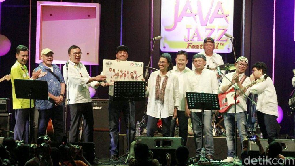 Pakai Kemeja Putih, Sri Mulyani hingga Basuki Guncang Java Jazz
