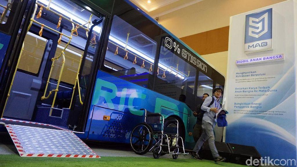 5 Tahun Lagi Bus Listrik Moeldoko Pakai 100 Persen Komponen Lokal