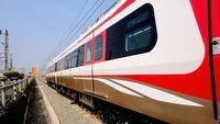 2 Gerbong LRT Jakarta dari Korsel Tiba di Priok