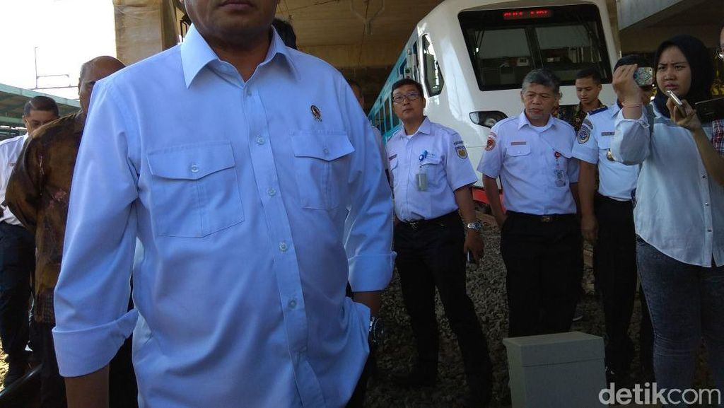 Kereta Bandara Mati Mendadak, Budi Karya: Penumpang Dapat Kompensasi