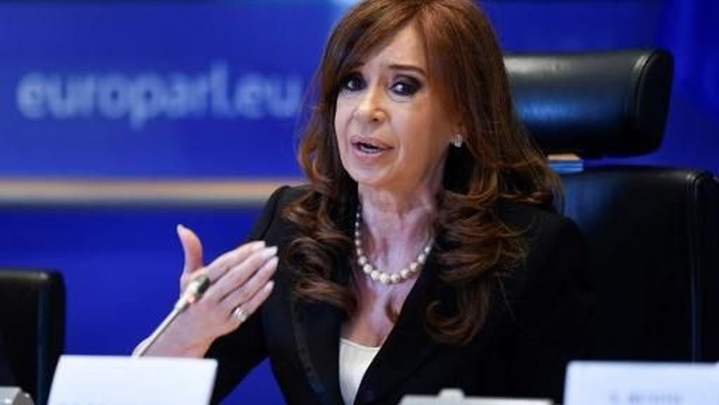 Foto: Ini Cristina, Mantan Presiden Argentina yang Dituduh Korupsi