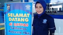 Cerita Bripda Adelia, Polwan Berseragam SMP yang Kini Berhijab