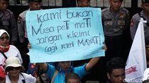 Foto: Aksi Tolak Kekerasan TKI di Depan Kedubes Malaysia