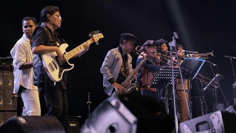 Barry Likumahuwa hingga Endah N Rhesa Ramai-ramai Nyanyikan Lagu The Rollies