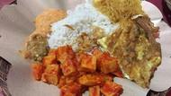 Gurih Mantap Nasi Uduk Betawi dengan Lauk Komplet