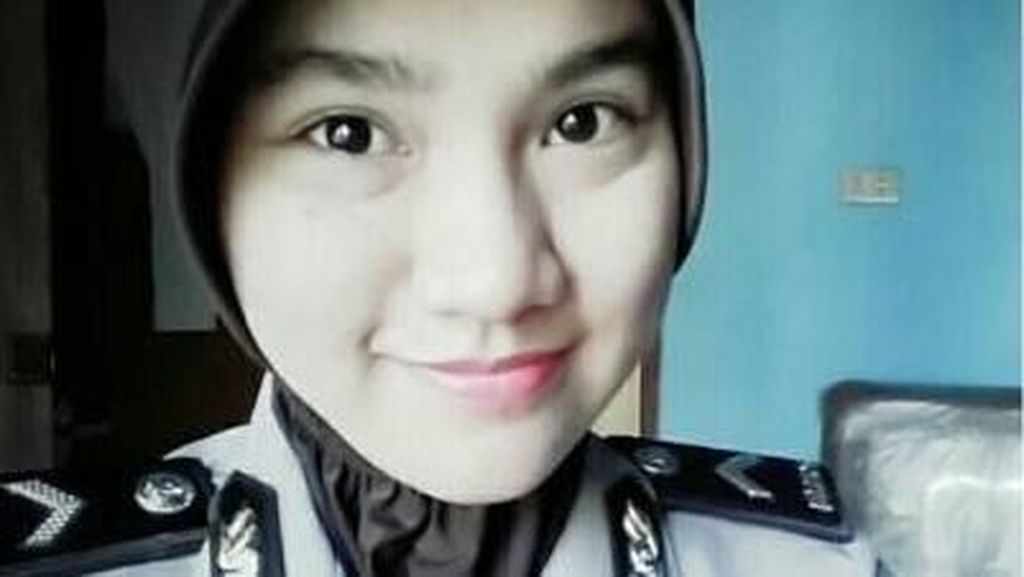 Foto: Potret Bripda Rizka Munawwaroh, Polwan Cantik Penghafal Al Quran