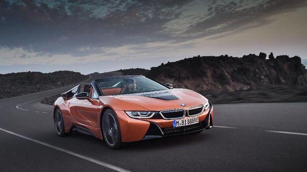 BMW i8 Roadster Masuk Jalur Produksi