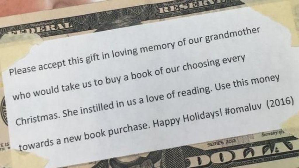 Cerita Sisipan Uang di Buku dan Kenangan tentang Nenek