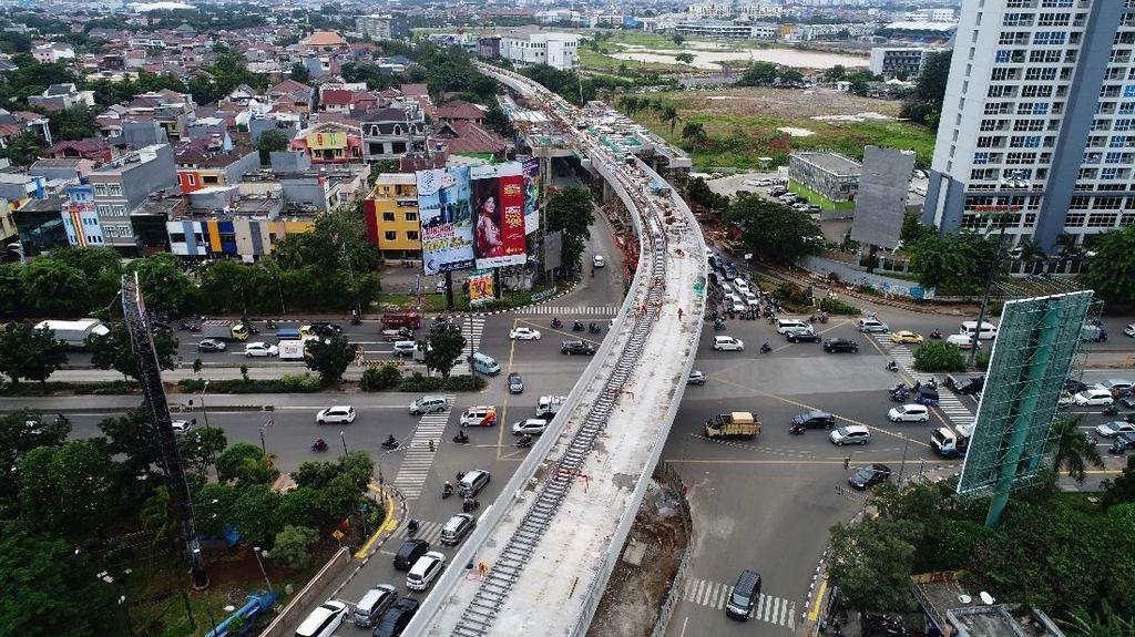 6 Bulan dari Target Operasi, Progres LRT Jakarta Capai 65%