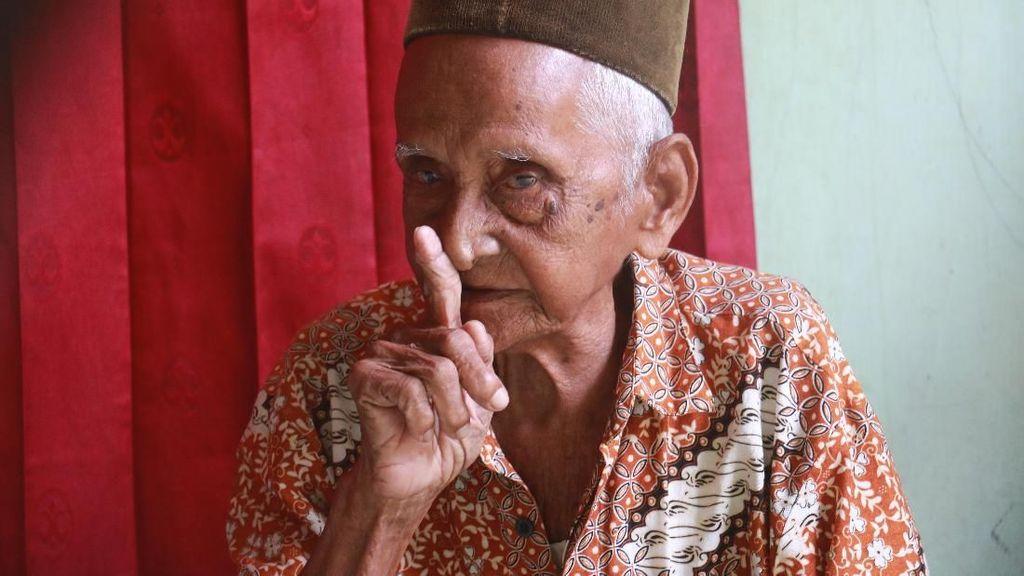 Kisah Heroik Warga Aceh Ramai-ramai Patungan Beli Pesawat Pertama RI