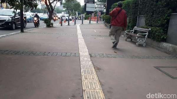 Kata Pejalan Kaki soal Desain Trotoar Sudirman-Thamrin Gagasan Anies