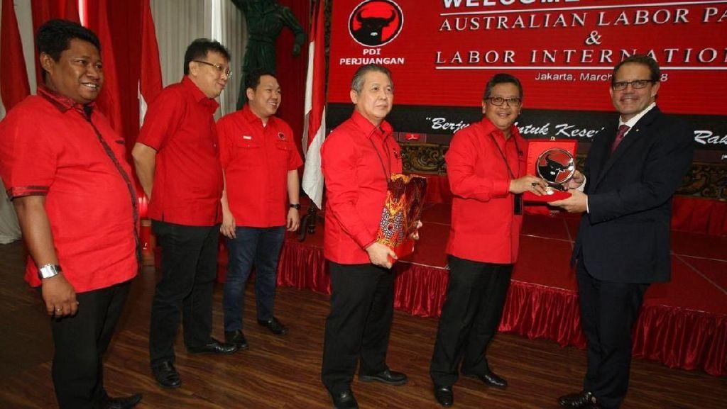 Kunjungi PDIP, Partai Buruh Australia Puji Kinerja Jokowi