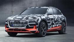 SUV Listrik Pertama Audi Bersolek