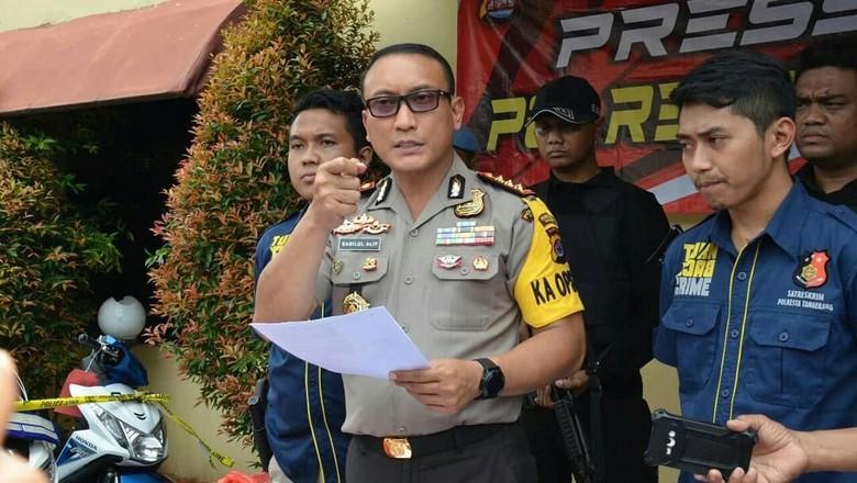 Polisi Tangkap Perampok 2 Kg Emas dan Uang Puluhan Juta di Tangerang