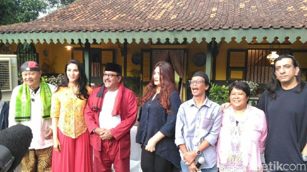 Rano Karno Kembali Berakting di Si Doel The Movie