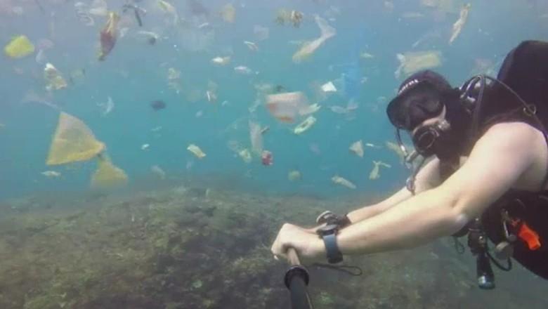Sampah di Nusa Penida (Rich Horner/ABC Australia)