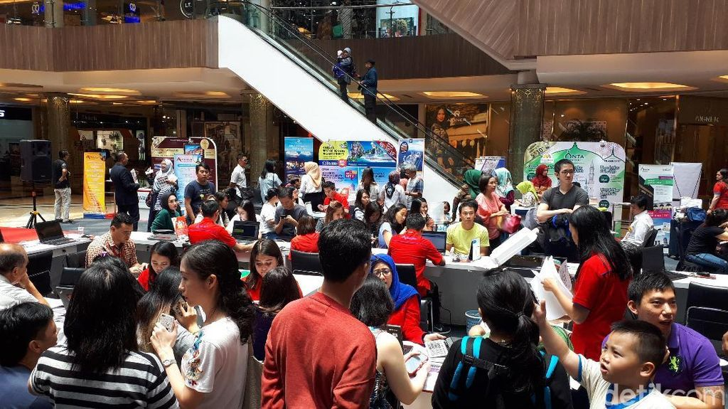 Paket Umrah dan Wisata Halal Murah di Mega Travel Fair Bandung