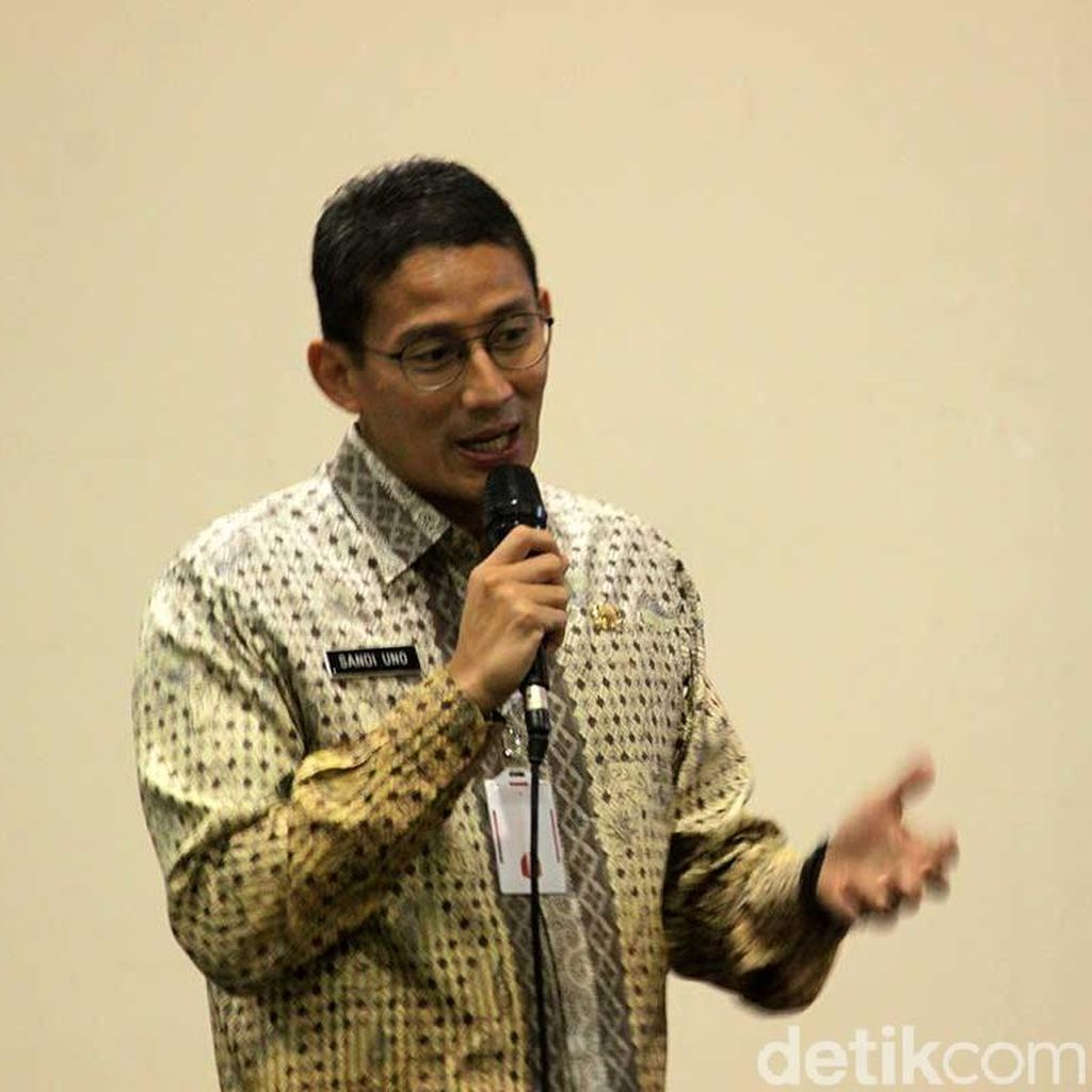 Sandiaga: Harus Ada Sanksi Soal Besi Pasar Rumput Timpa Warga