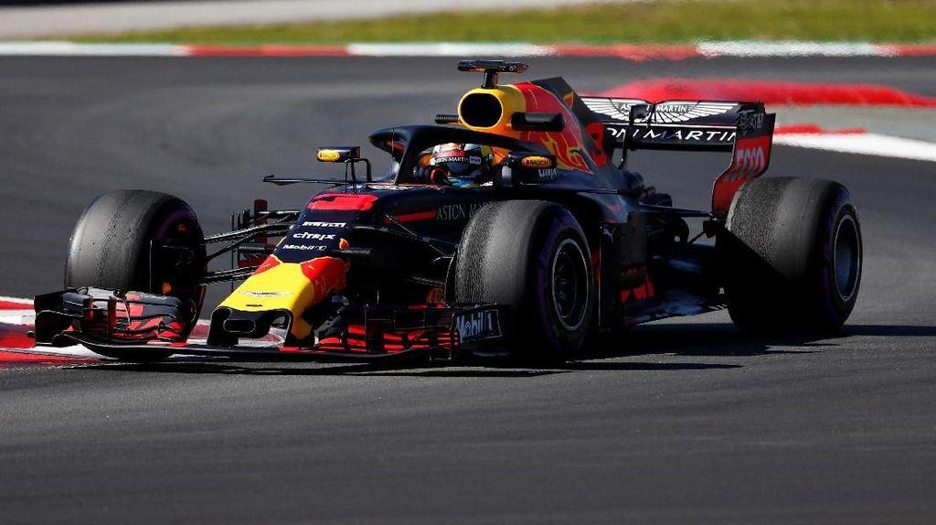 Pecahkan Rekor, Ricciardo Tercepat di Hari Kedua