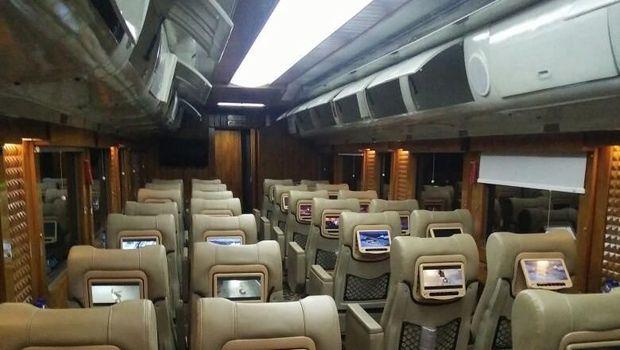Kereta Pariwisata JKT-BDG
