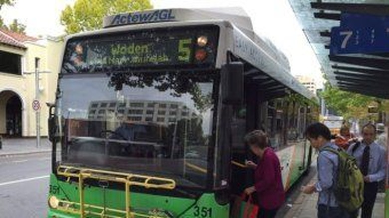 Lecehkan Gadis yang Ditemui di Halte Bus, Pria Canberra Dibui 7 Tahun