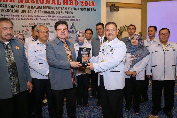 Foto: Acara Seminar Nasional Humas Resources Departement Asosiasi Praktisi Human Resources Indonesia (ASPHRI) 2018 (Dok. Kemnaker)