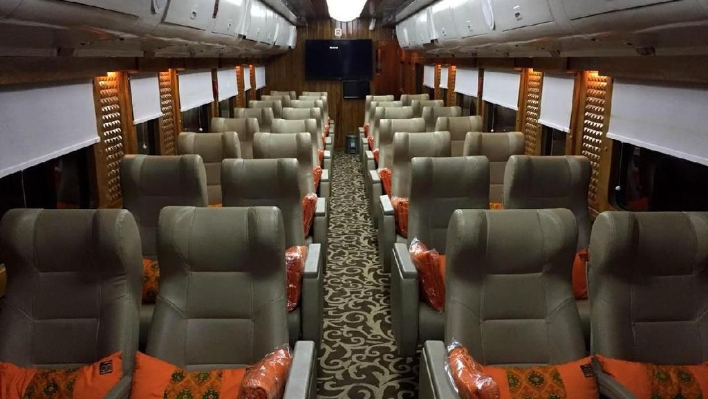 Mewahnya Kereta Wisata JKT-BDG yang Serasa di Pesawat