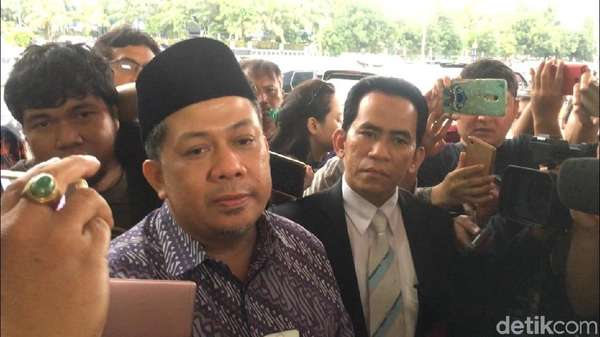 Saat Fahri Hamzah Laporkan Presiden PKS ke Polda Metro Jaya