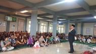 Kunjungi Pesantren di NTB, Moeldoko Kenang Masa Kecilnya