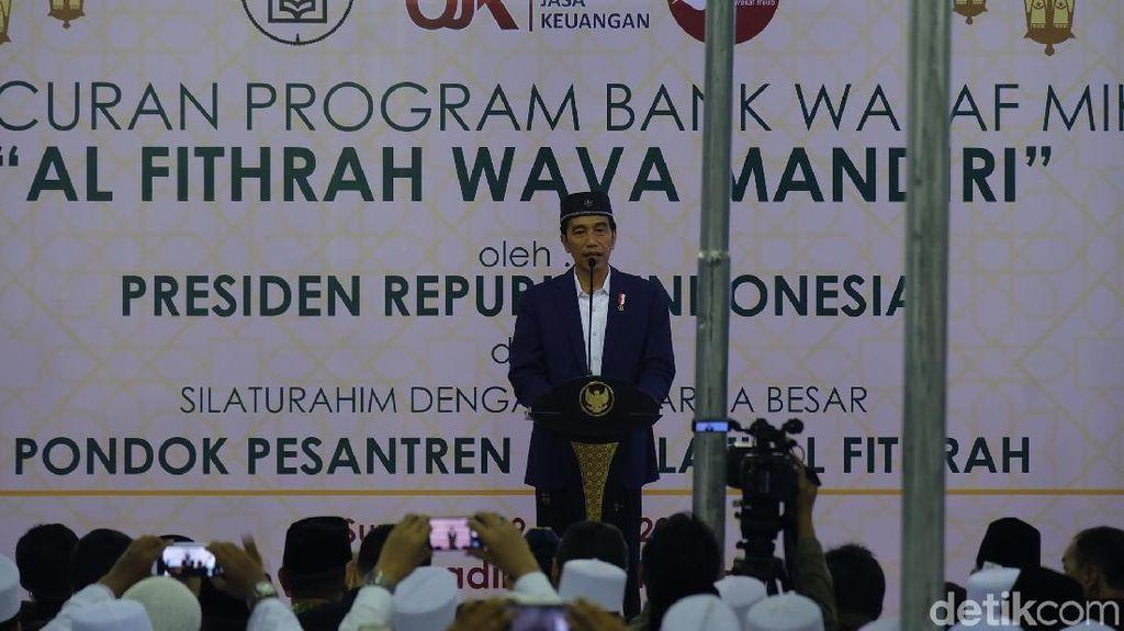 Jokowi Luncurkan Bank Wakaf Mikro di Surabaya