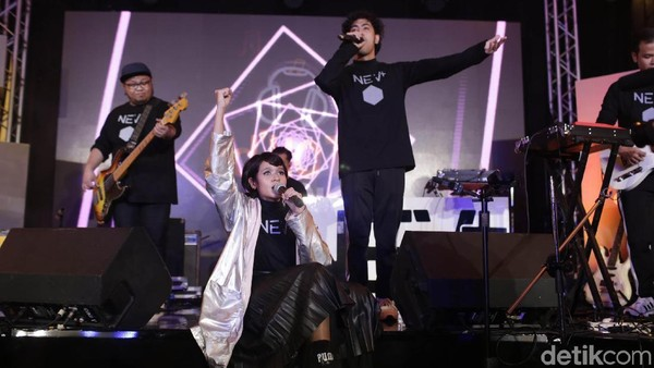13 Jam Streaming, NEV+ Dea Tutup dHOT Music Day 2018